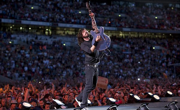 foo-fighters-live