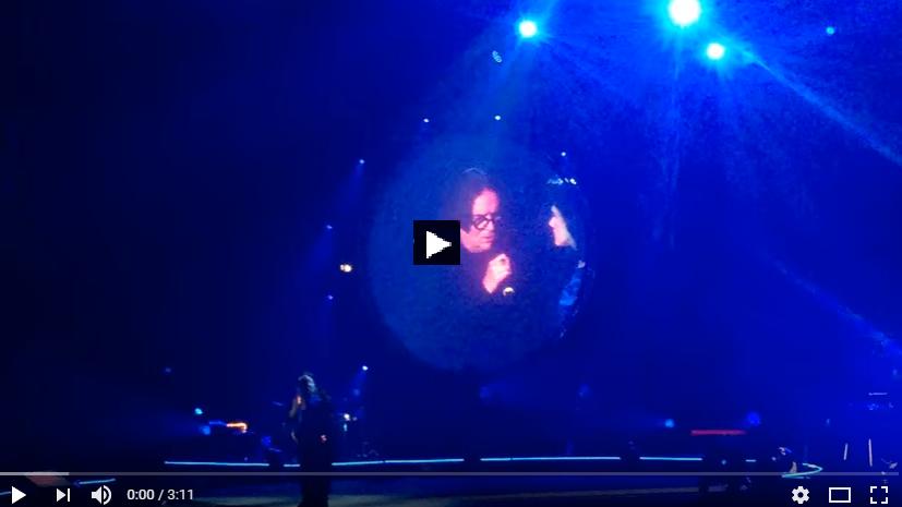 """PER VEDERE IL VIDEO CLICCARE SULL'IMMAGINE Elisa duetto con Renato Zero, """"Cercami"""" -Firenze 11.11. 2016"""