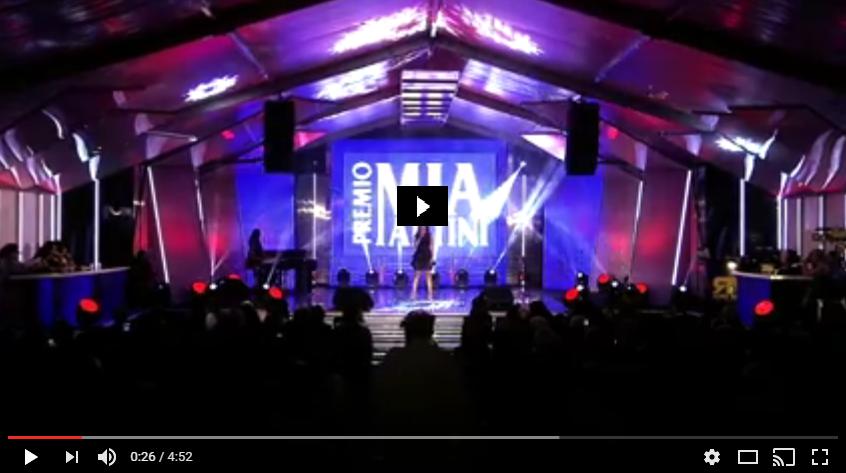 PER VISUALIZZARE IL VIDEO CLICCARE SULL'IMMAGINE ROSMY - ROSMY - UN ISTANTE DI NOI [ Official Video ] PREMIO MIA MARTINI 2016
